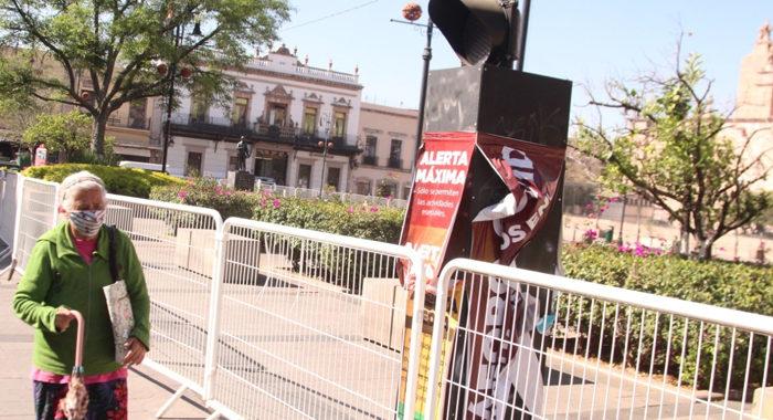 Reabrirán plazas públicas en Morelia tras reducción de casos de COVID-19