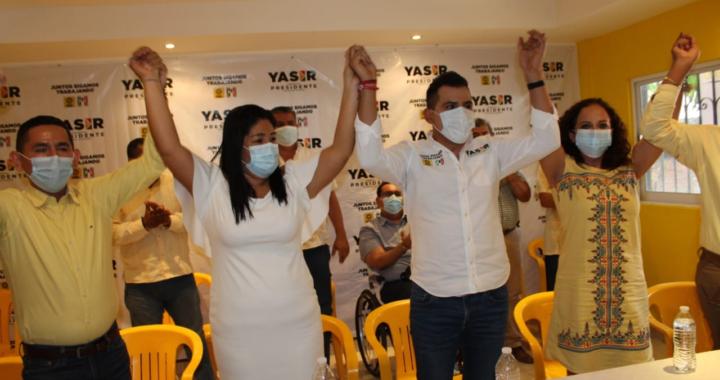 Presentan el PRI y el PRD a sus integrantes de la planilla a la alcaldía de Tecpan