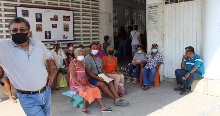 En San Jerónimo nomás atendieron a mil 200 adultos mayores en inicio de vacunación