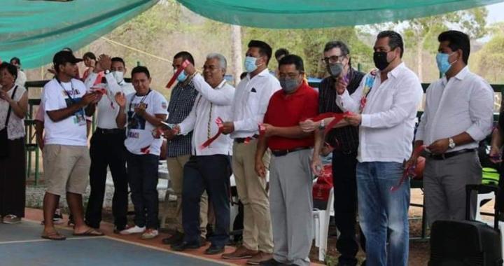 Acude alcalde, Crescencio Reyes a inauguración de Copa Troncones Beach