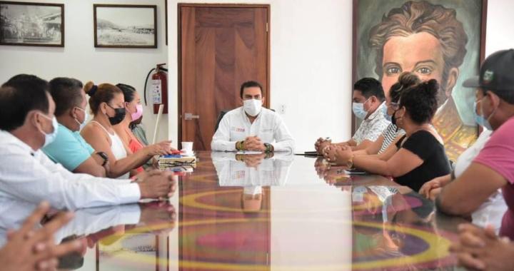 Alcalde Jorge Sánchez ofrece apoyar para resolver afectaciones por lluvias