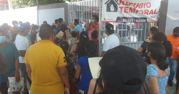 Rebasa asistencia de jóvenes que reciben vacunas en Técpan y San Jerónimo