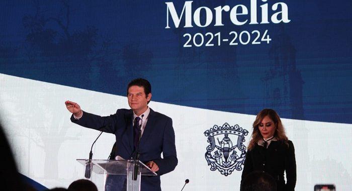 Alfonso Martínez rinde protesta como presidente de Morelia; señala que la cuidad está detenida y en retroceso
