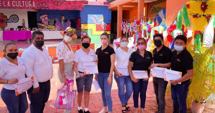 Lizette Tapia clausura curso de capacitación a profesores de Casa de la Cultura
