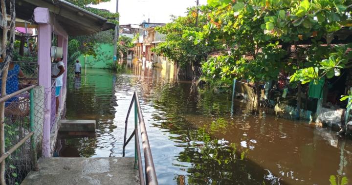 Temen enfermarse por inundaciones pobladores de Las Tunas, Benito Juárez