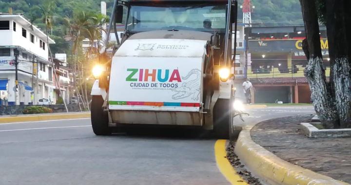 Servicios Públicos redobla esfuerzos en la limpieza de espacios públicos.